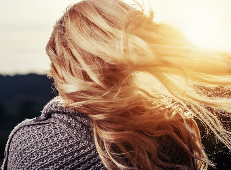 5 Easy Tips to Growing Long Hair Fast